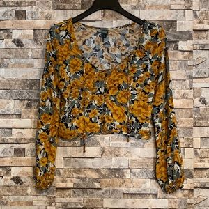 🌼Wild Fable Floral Top🌼